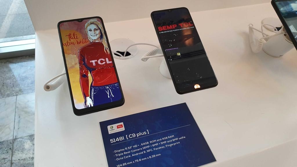 C9 Plus nutitelefon turu suurima ekraaniga