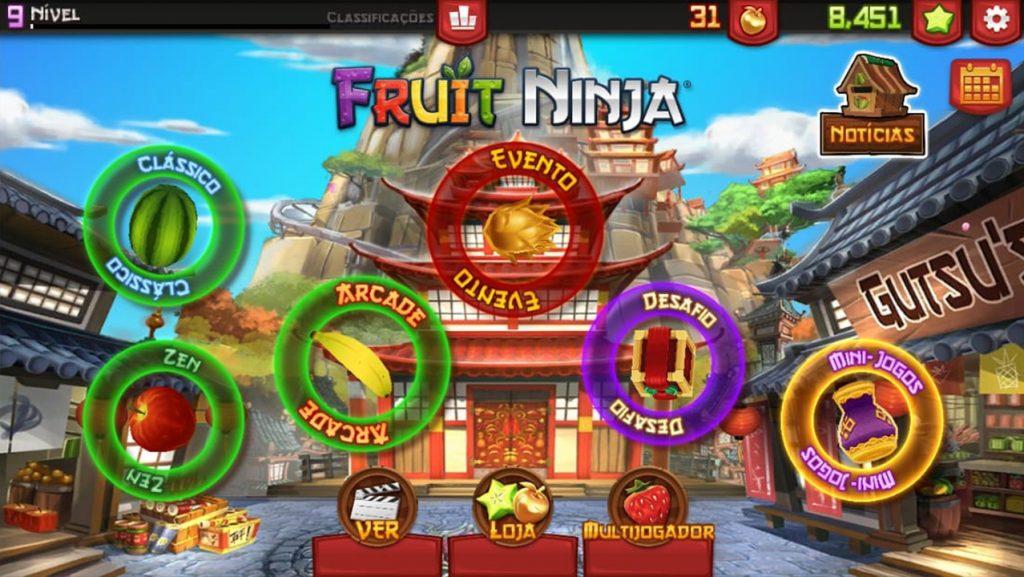 Ekraan algab mängust Fruit Ninja, näidates kõiki erinevaid mängitavaid režiime