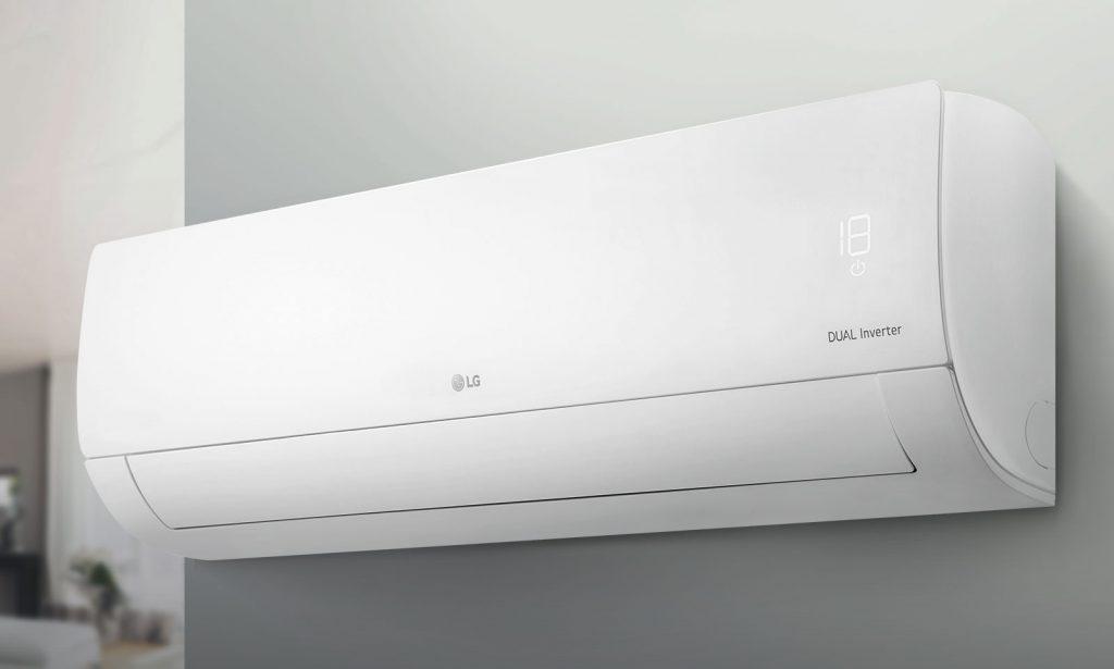 AC LG-st, üks populaarseimaid Zoom-i elastoomikaid, diagonaal valge taustaga