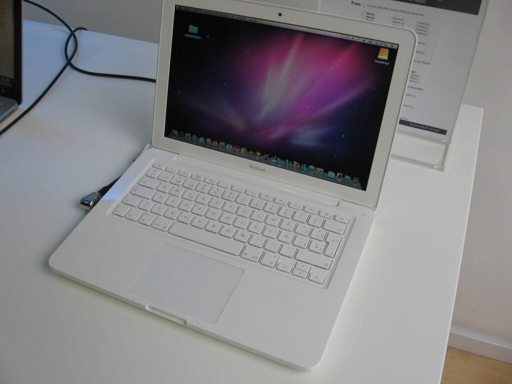 Esimene kontakt uue Maciga