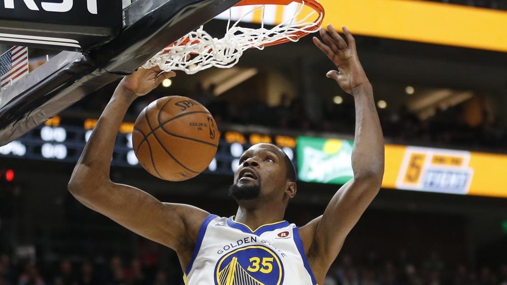 Kevin Durant mängib korvpalli