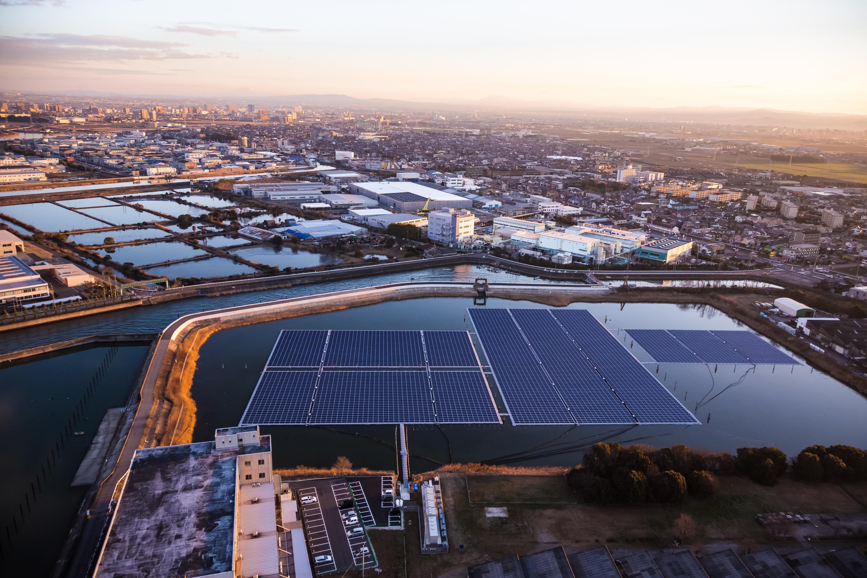 Taastuvenergia Ibidenis, Apple'i tarnija Jaapanis