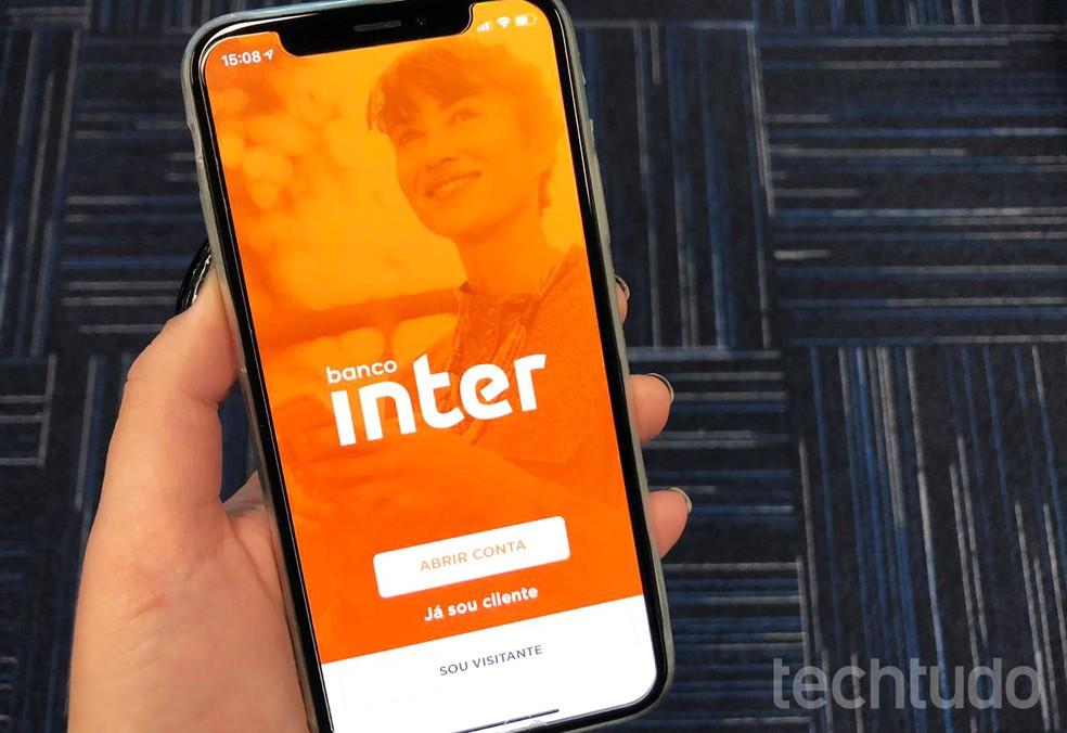 Inter võimaldab teil Interneti kaudu krediitkaarte teha; MasterCardi pakutav bänner Foto: Anna Kellen Bull / TechTudo