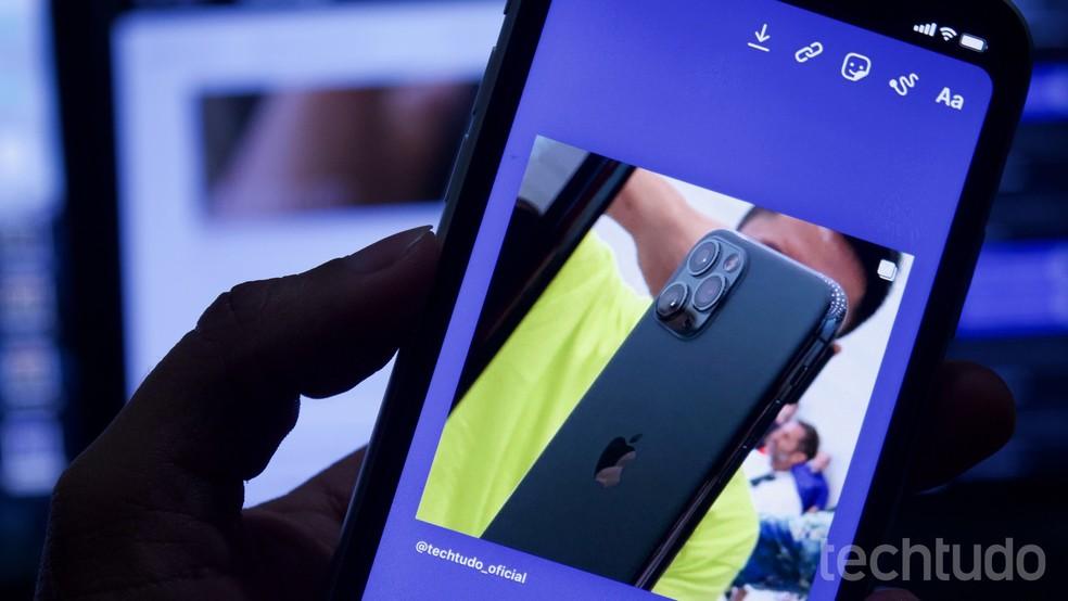 Õpetus näitab, kuidas muuta Instagrami fotolugude postituse taustavärvi: Marvin Costa / TechTudo