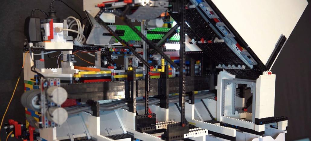 Legost valmistatud masinad kasutavad tehisintellekti muude osade korrastamiseks