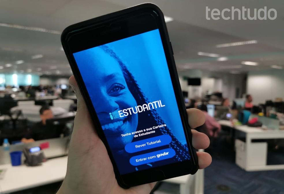 Õpilase ID: rakendus võimaldab teil genereerida digitaalse õpilase ID-fotod. Fotod: Rubens Achilles / TechTudo