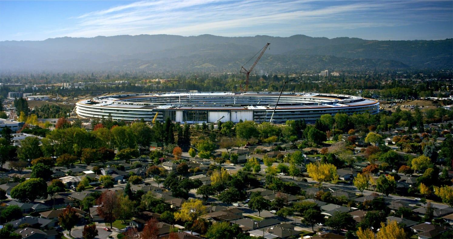 Parkimisruumi on rohkem kui inimestele, puude varu puudub ... Apple Pargi detailid on muljetavaldavad