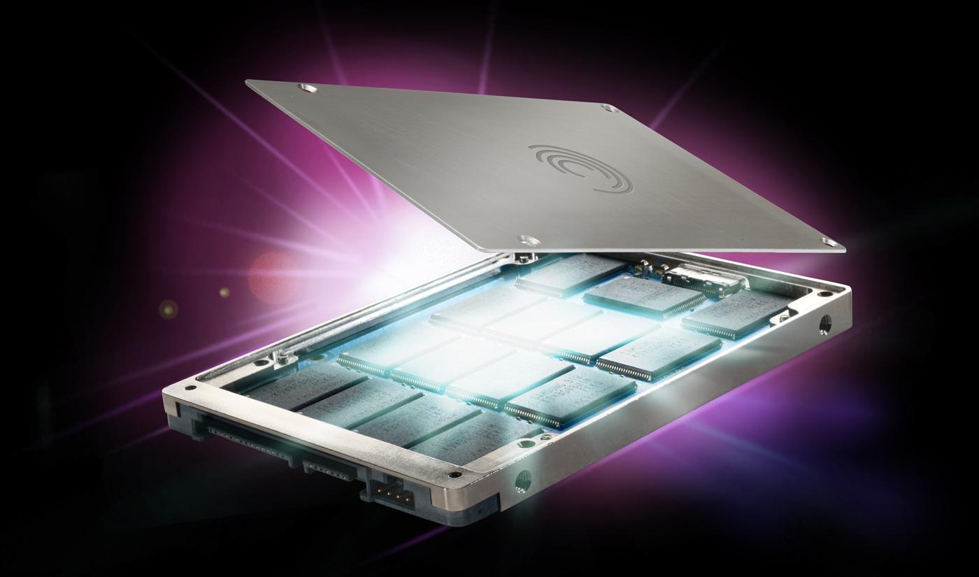 Seagate käivitas oma esimese tahkismäluseadme (SSD).