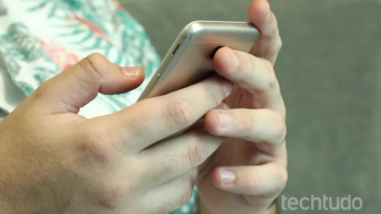 WhatsApp hoiatab, kui sõnumeid edastatakse; tea, kuidas seda vältida