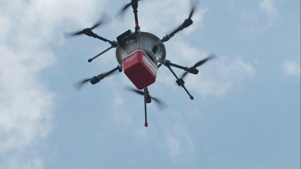 iFood teatas droonide kojuveoteenustest Brasiilias Droon