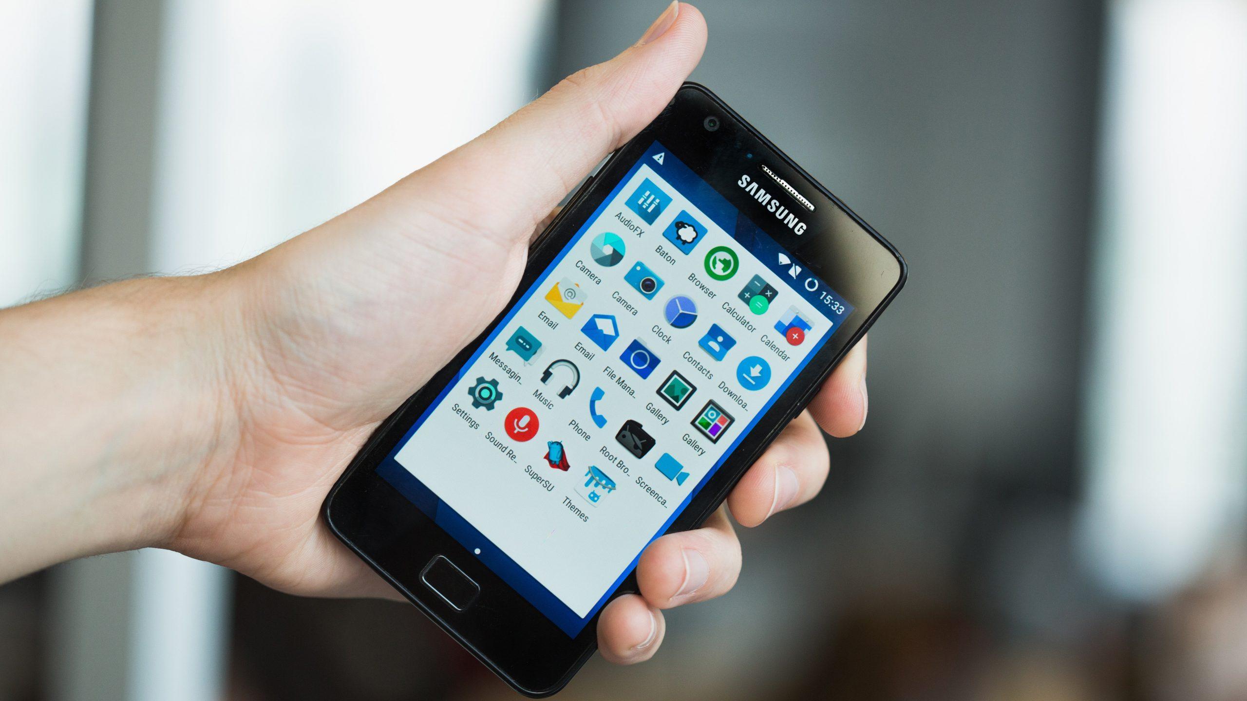 Samsung Galaxy S2 sai CM13 kaudu Android 6.0 Marshmallow!