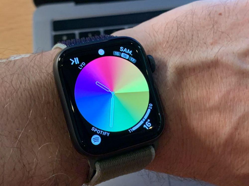 watchOS 6.2.5 tuleb uue värvilise Pride numbriga
